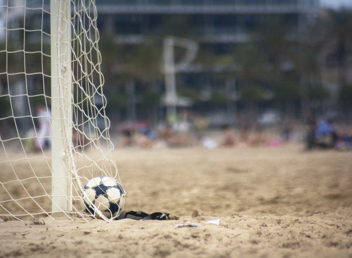 Arteaga, el abanderado boliviano en el Fútbol Playa