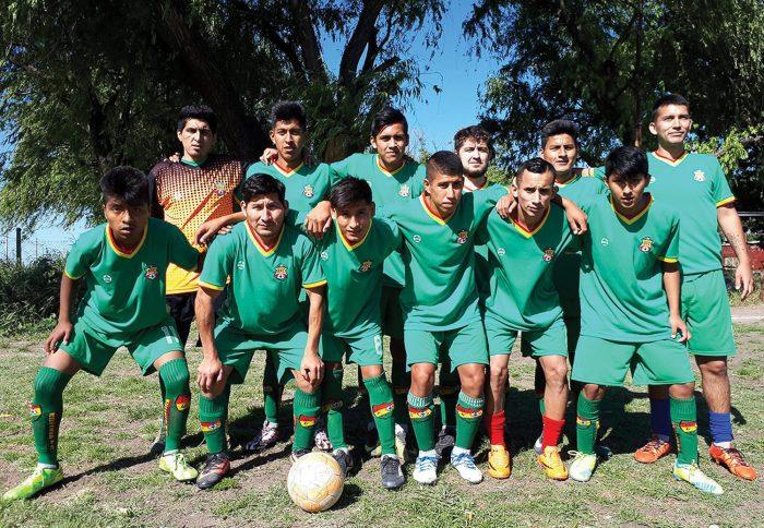 Bolivia FC, amor al fútbol y la añoranza de nuestra tierra