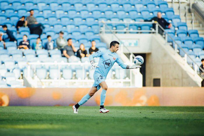 Guillermo Viscarra inició de gran manera su paso por el fútbol Europeo